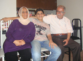 Mudhafar's mother, Faten, his brother Anas, and his father, Fadhil. (Mudhafar al-Husseini)