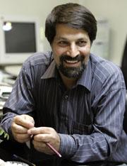 Emadeddin Baghi (AFP)