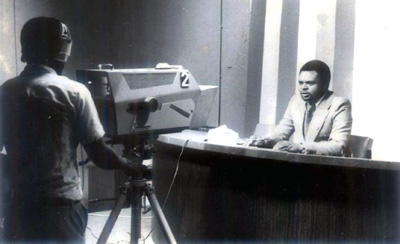 The author in the studios of TVT in 1976. (TVT)