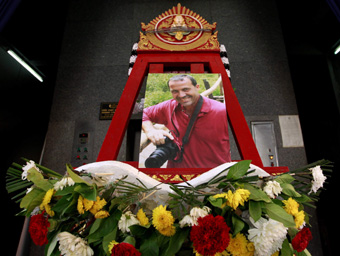 A memorial to Polenghi at a Bangkok temple. (Reuters/Sukree Sukplang)