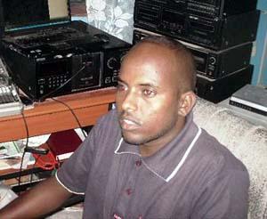 Abdullahi Omar Gedi in the studio. (Radio Daljir)