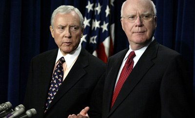 A bill sponsored by Sens. Hatch, left, and Leahy could damage a free Internet. (AP file)