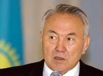 Правительство президента Назарбаева не выполнило своих обещаний в отношении свободы прессы (Reuters/Шамиль Жуматов)