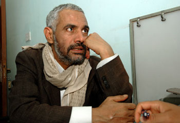 Editor Mohamed al-Maqaleh was abducted by government agents and held incommunicado for five months. (AFP/Mohamed Huwais)