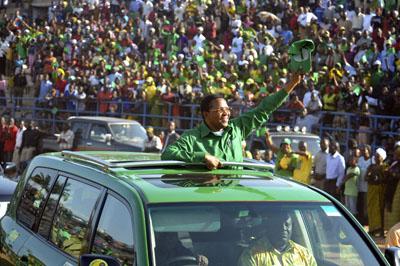Incumbent Tanzanian President Jakaya Kiketwe during rally in September. (AP)