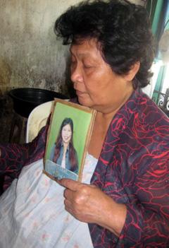 Dela Cruz says she wants justice for her daughter, Gina. (CPJ/María Salazar-Ferro)
