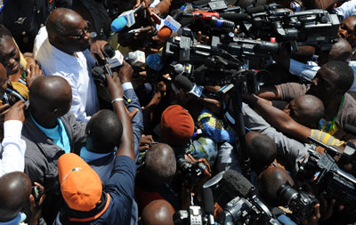 Ivory Coast's President and 2010 presidential candidate Laurent Gbagbo talks to the press. (AFP Photo/Issouf Sanogo)