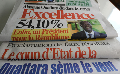 Headlines of pro-opposition Ivorian papers. (AFP)
