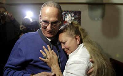 Pollán and Maseda, their love still rooted, are together again. (AP/Franklin Reyes)