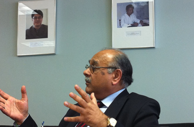 Sethi at CPJ offices earlier this year. (CPJ/Sheryl A. Mendez)