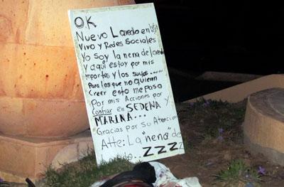 Los asesinos de María Elizabeth Macías Castro dejaron esta nota. (AFP)