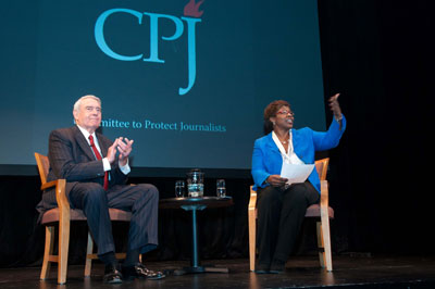 Gwen Ifill, right, interviewed Dan Rather about the role of information in a free society and the state of American journalism. (Jeremy Bigwood)