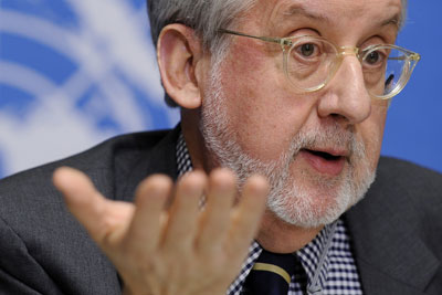 The chair of the International Commission of Inquiry on Syria, Paulo Pinheiro, has criticized Syria's policy on the media but refrained from blaming the regime for journalists' deaths. (AFP/Fabrice Coffrini)