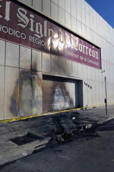 Las oficinas de El Siglo de Torreón después del ataque de Noviembre de 2011 (Cortesía El Siglo de Torreón)