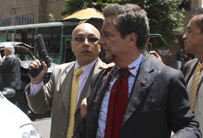 Colombian radio host and former Minister Fernando Londoño was the apparent target of a bomb in Bogotá Tuesday. (Reuters/Fredy Builes)