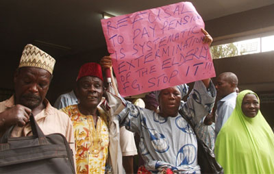 Reporter Joshua Uma was assaulted trying to get official reaction to this pensioners' protest. (Sahara Reporters)