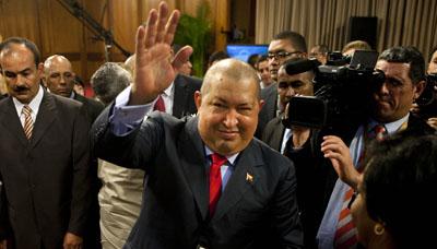 Hugo Chávez en una conferencia de prensa en diciembre de 2011. (AP / Ariana Cubillos)