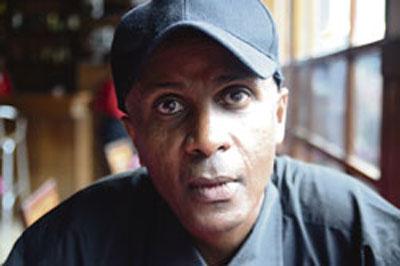Eskinder Nega, un célèbre blogueur, purge une peine de 18 ans de prison en Ethiopie. (Lennart Kjorl)