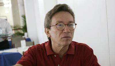 A court has ordered Lúcio Flavio Pinto to pay more than $200,000 in damages. (AP/Silvia Izquierdo)