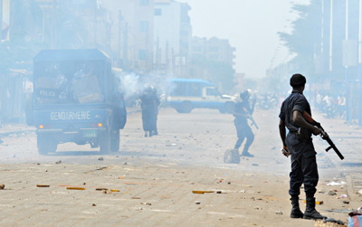 Police fired tear gas and rubber bullets at protesters in Lomé on Thursday. (AFP/Daniel Hayduk)