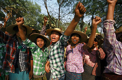 Villagers protest a copper mine project in the Latpadaung region in March 2013. (Reuters/Soe Zeya Tun)
