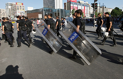 Violent clashes between police and protesters have led to the deputy prime minister issuing a veiled threat to impose Internet restrictions. (AP/Burhan Ozbilici)