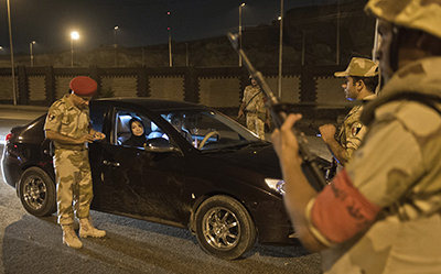 Checkpoints like the one above have been set up all over Egypt. (AFP/Khaled Desouki)