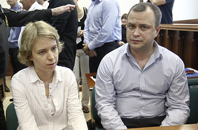 Vera (left) and Ilya Politkovsky attend a pre-trial court hearing in June. (Reuters/Maxim Shemetov)