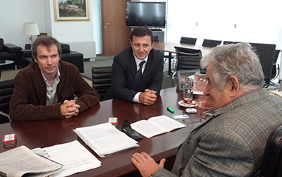 A presentation at the office of the Uruguayan president: From left, Benoit Hervieu, head of the Americas Desk at Reporters Without Borders; Carlos Lauría, CPJ's senior Americas program coordinator; and President José Mujica. (CPJ)