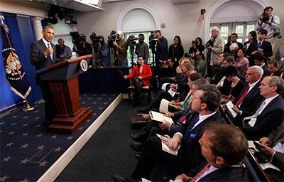 Obama responde a las preguntas de los medios en el salón de prensa Brady en la Casa Blanca el 30 de abril. (Reuters/Jason Reed))