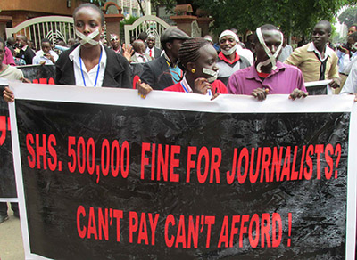Journalists protest outside a government building in Kenya. (CPJ)