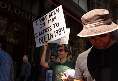 Demonstrators march against government surveillance at a 'Restore the Fourth' rally on August 4, 2013, in San Francisco. (Geoffrey King)