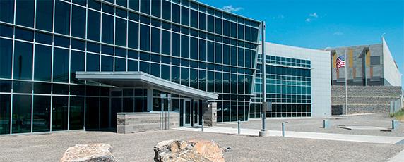 O Centro de dados da Agência de Segurança Nacional dos EUA em Bluffdale, Utah, tem pelo menos 100 mil metros quadrados de depósitos de dados mais avançados. (Reuters).