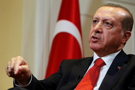 Turkish President Recep Tayyip Erdoğan gestures during an interview in New York, September 20, 2016. (Reuters/Brendan McDermid)
