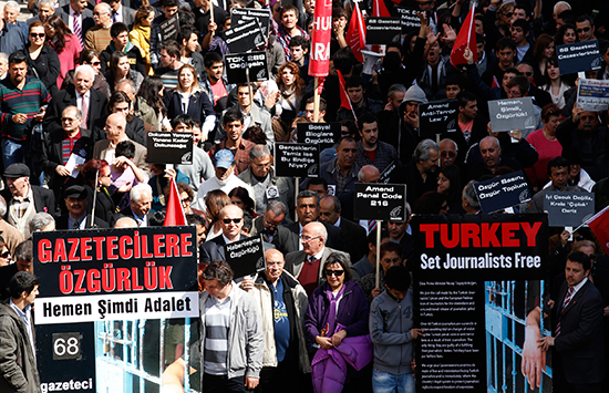 Journalists and activists march for press freedom in Ankara, March 19, 2011. (Reuters/Umit Bektas)