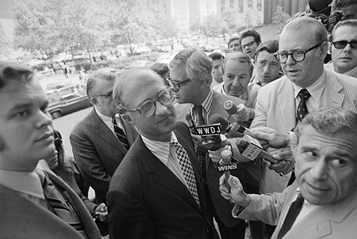 Reporters surround James Goodale as he arrives for a court hearing on The New York Times in 1971. The First Amendment attorney has represented The New York Times in landmark cases that helped shape legal protection for journalists. (AP/Davis)
