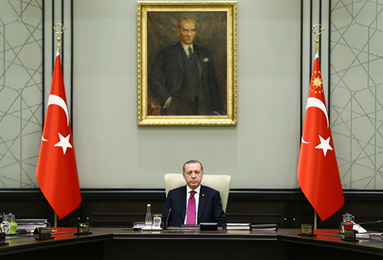 Turkish President Recep Tayyip Erdoğan chairs a meeting of the National Security Council in Ankara, January 31, 2017. (Kayhan Ozer/Presidential Press Service/Pool via AP)