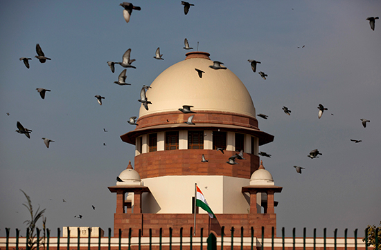 India's Supreme Court, shown here in a February 2, 2016, photo, yesterday ordered news media not to report any further statements from a judge. (AP/Tsering Topgyal)