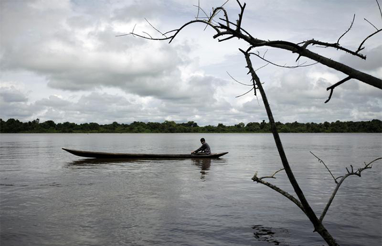 A Warao man fishes on the Orinoco Delta in 2009. A group of journalists from the indigenous community are running a news website to cover issues affecting the Venezuelan region. (Reuters/Jorge Silva)