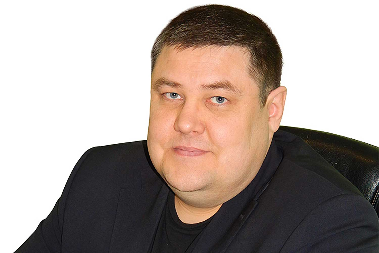 El editor siberiano Dmitry Popkov fue asesinado a disparos en mayo de 2017, lo cual puso fin a una pausa de tres años en los asesinatos selectivos de periodistas en Rusia. (Yulia Mullabayeva/Ton-M)
