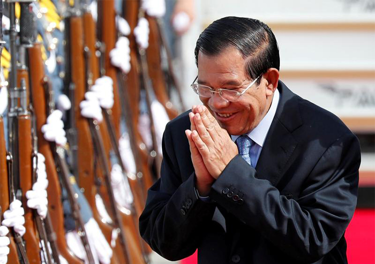 Cambodia's Prime Minister Hun Sen, pictured in November 2017. Two former RFA journalists are detained in Cambodia as the country cracks down on the press ahead of elections. (Reuters/Erik De Castro)