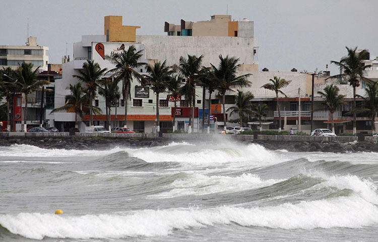 Waves break over the sea wall in Veracruz, Mexico in September 2017. Veracruz is one of the most dangerous areas in the Western Hemisphere for journalists, according to CPJ research. (Reuters/Victor Yanez)