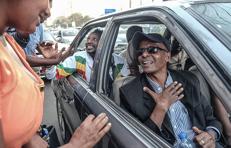 Ethiopian jounalist Eskinder Nega (center) is released from jail in February 2018. The country's authorities since re-arrested Eskinder and at least five other journalists. (AFP/Yonas Tadesse)