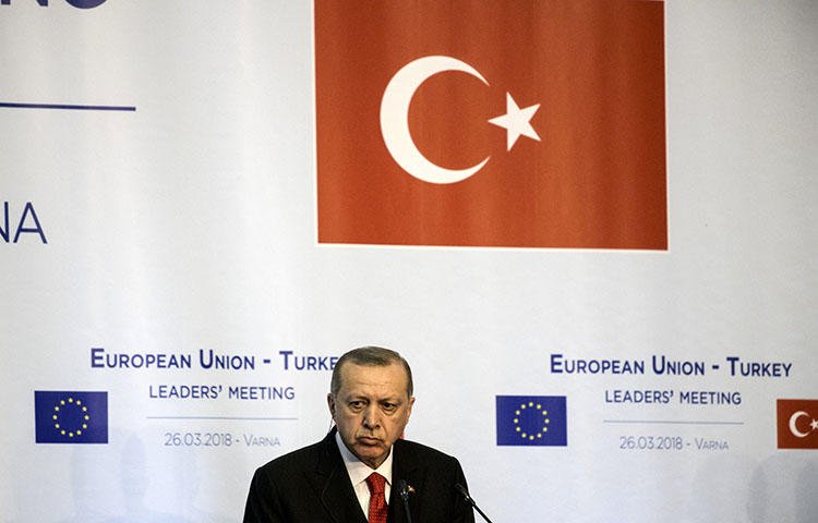 Turkish President Recep Tayyip Erdogan attends a news conference with European officials on March 26, 2018. An Istanbul court on March 29 acquitted Ahmet Altan of insulting Turkish President Recip Tayyip Erdoğan in a 2012 column in the now-shuttered daily Taraf, according to reports.(AFP/Dimitar Dilkoff)