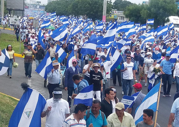 Manifestaciones en Managua. Periodistas en Nicaragua dijeron que habían sido golpeados, atacados y que se les habían robado equipos durante los meses de protestas contra el presidente Daniel Ortega.  (Shannon O'Reilly)