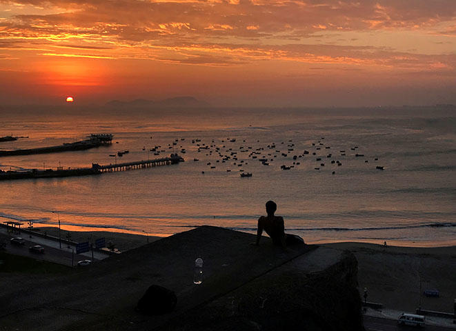 The Pescadores beach in Lima, in April 2018. Peruvian authorities are harassing two news outlets over their investigative reporting. (Reuters/Mariana Bazo)