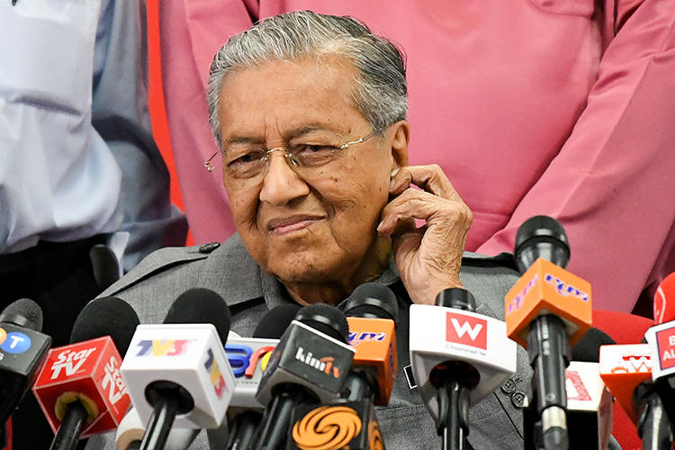 Malaysian Prime Minister Mahathir Mohamad at a press conference in Kuala Lumpur on June 1, 2018. The Malaysian parliament on August 16, 2018, repealed a law imposing criminal penalties for
