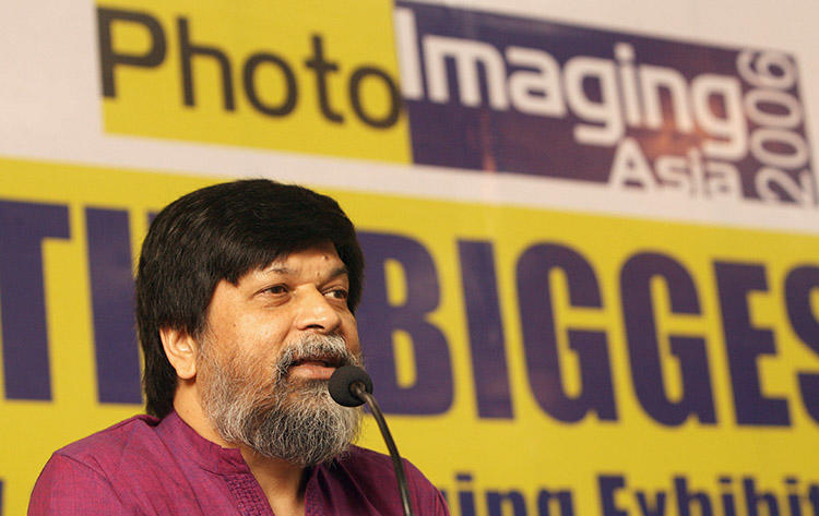 Bangladeshi photographer Shahidul Alam, pictured in December 2006, is detained in Dhaka after posting a video to Facebook about student protests. (AFP/ Prakash Singh)