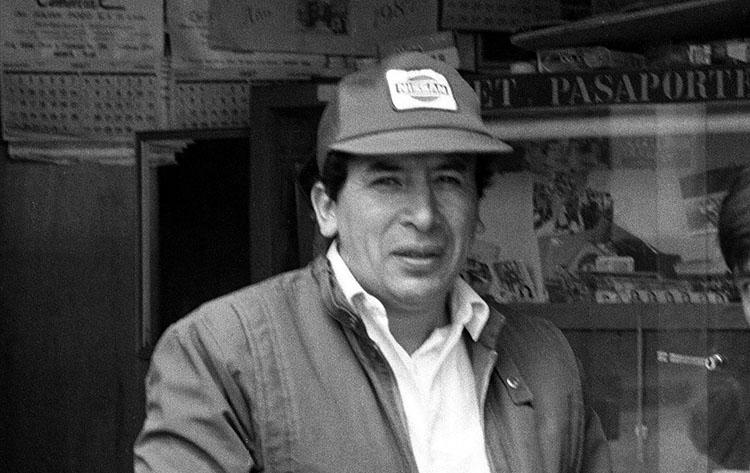 Esta foto de Hugo Bustíos Saavedra foi tirada minutos antes de ele ser morto. Daniel Urresti Elera foi julgado por seu suposto papel no assassinato. (Caretas)