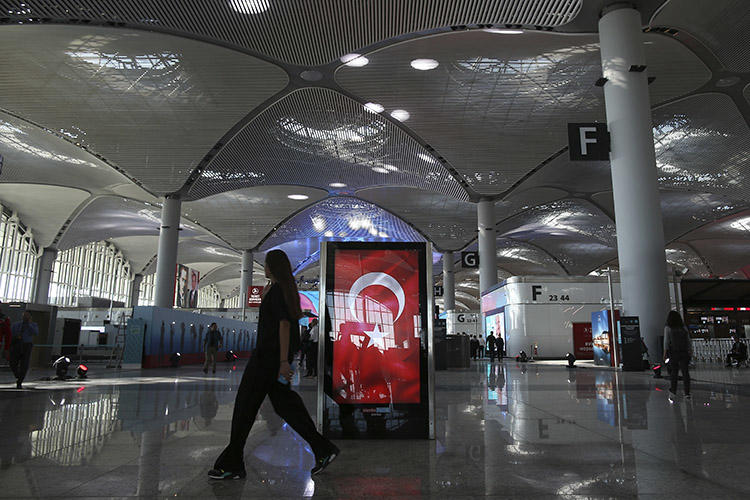 Istanbul's airport, pictured in October 2018. Turkish authorities on January 17 deported a Dutch journalist whom it said was alleged to have links to terrorism. (AP/Emrah Gurel)